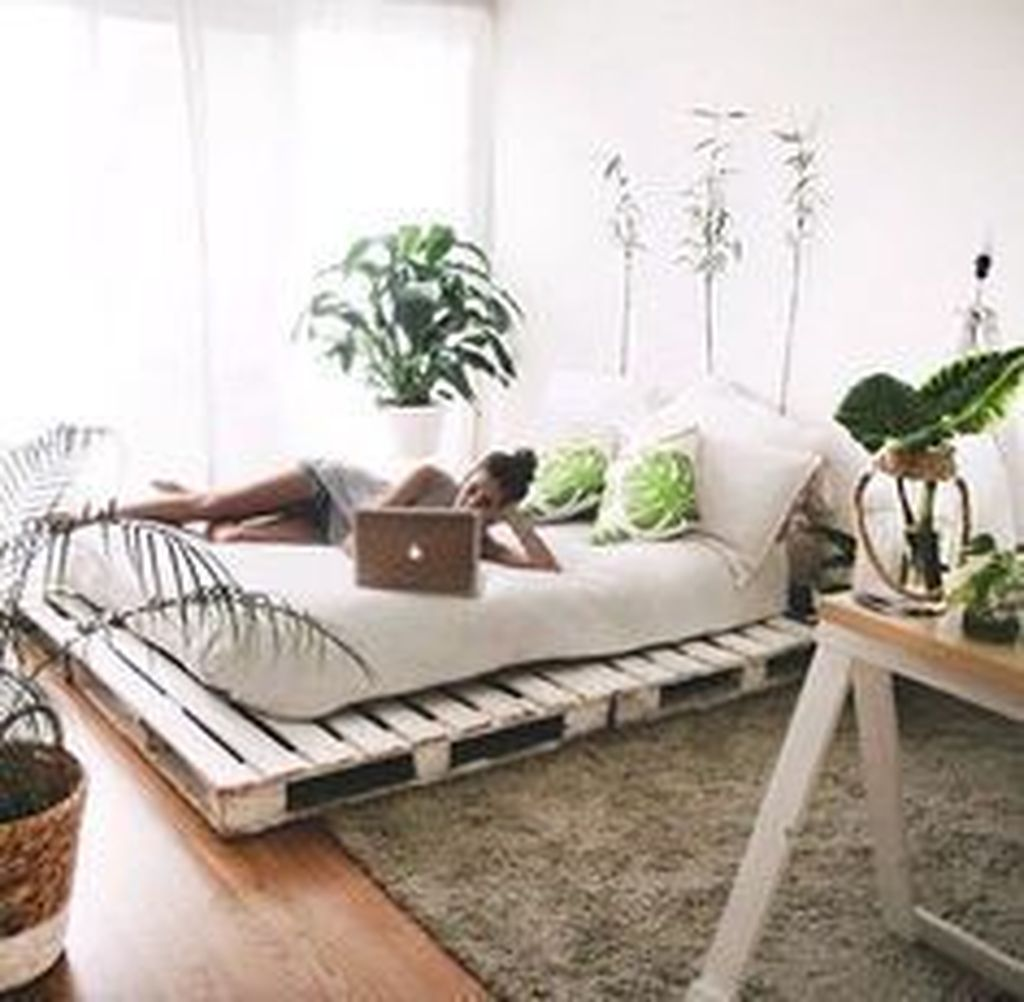 The Best Simple Bedroom Decor Ideas You Must Try 12