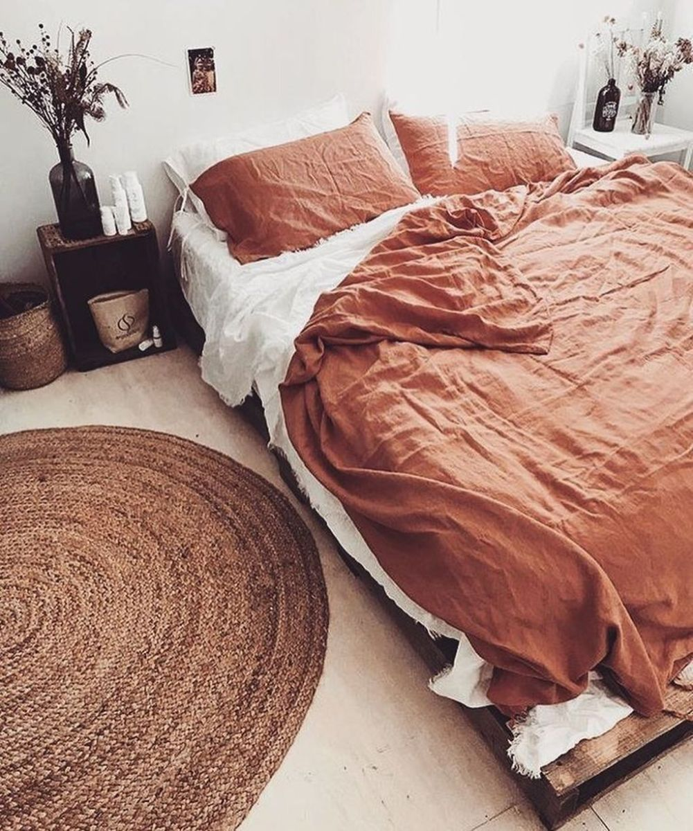 The Best Simple Bedroom Decor Ideas You Must Try 18