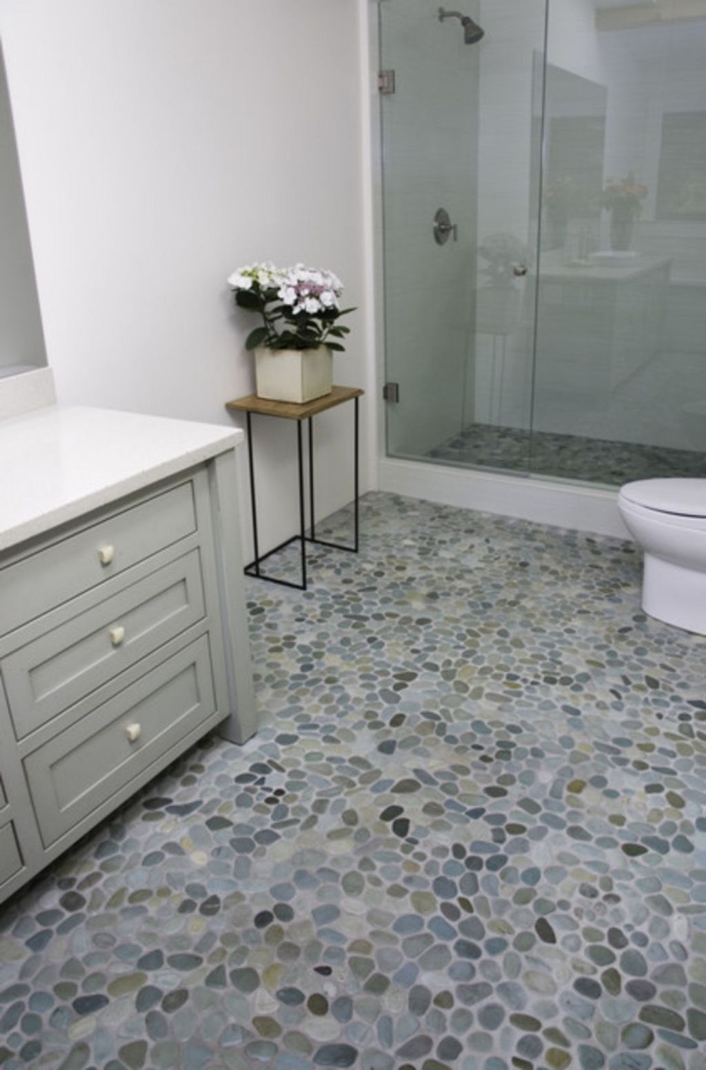 The Best Stone Tile Bathroom Ideas To Decorate Your Bathroom 03