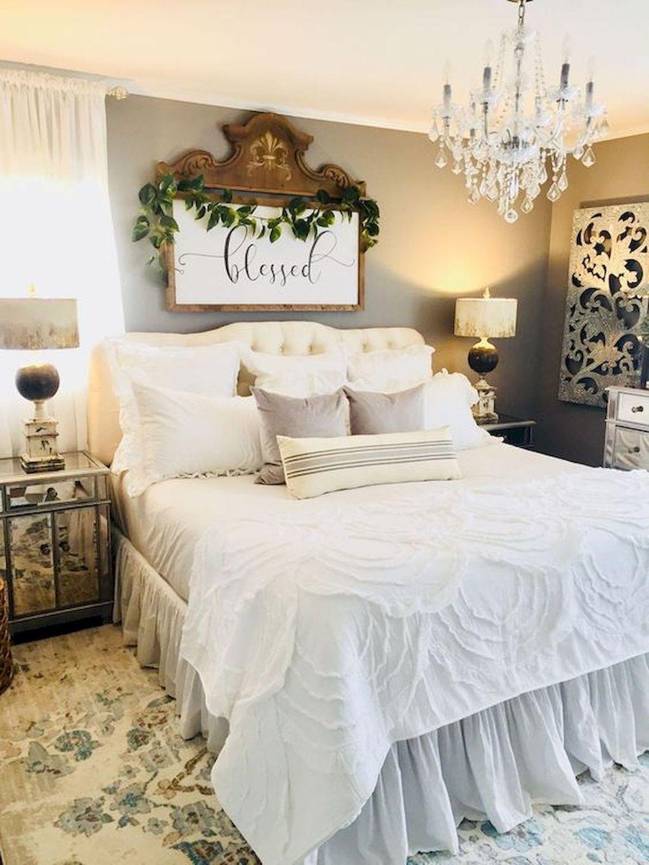 Wonderful Farmhouse Bedroom Decoration Ideas 01