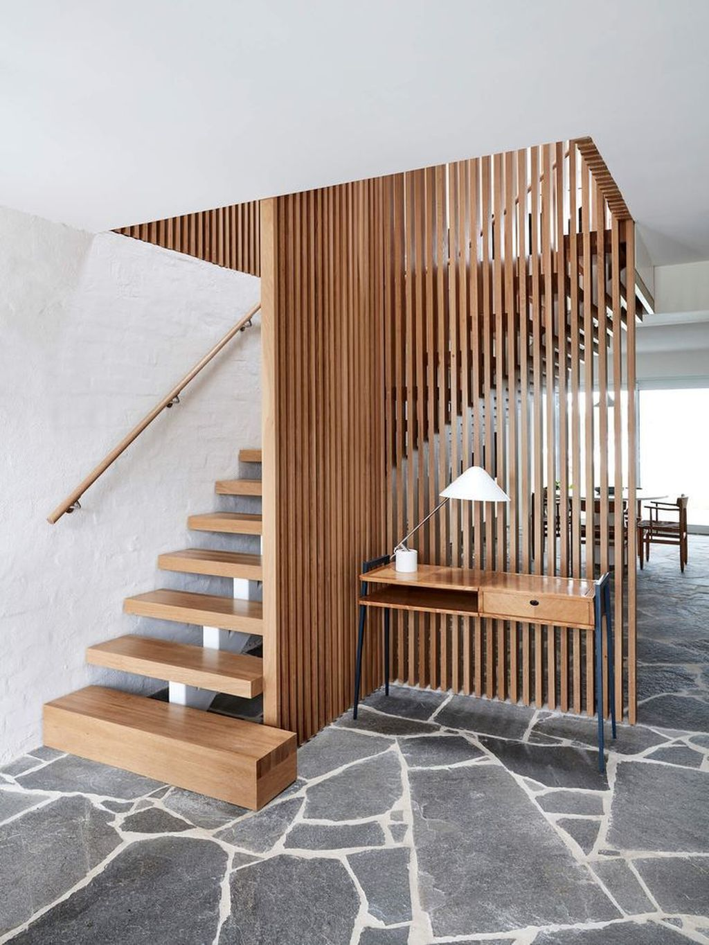 Beautiful Home Stairs Design Ideas With Modern Style 14