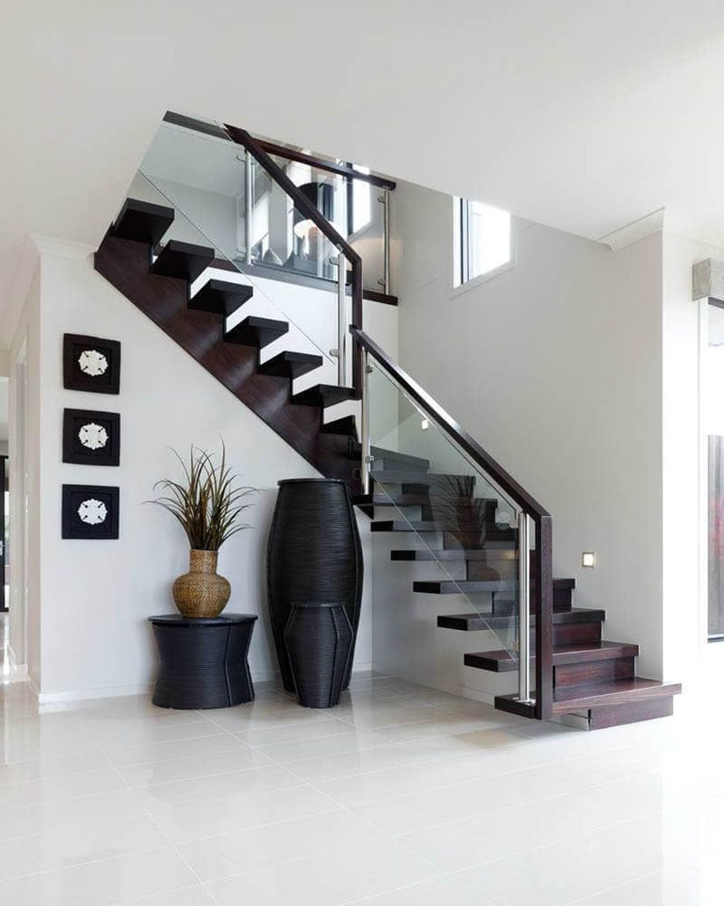 Beautiful Home Stairs Design Ideas With Modern Style 23