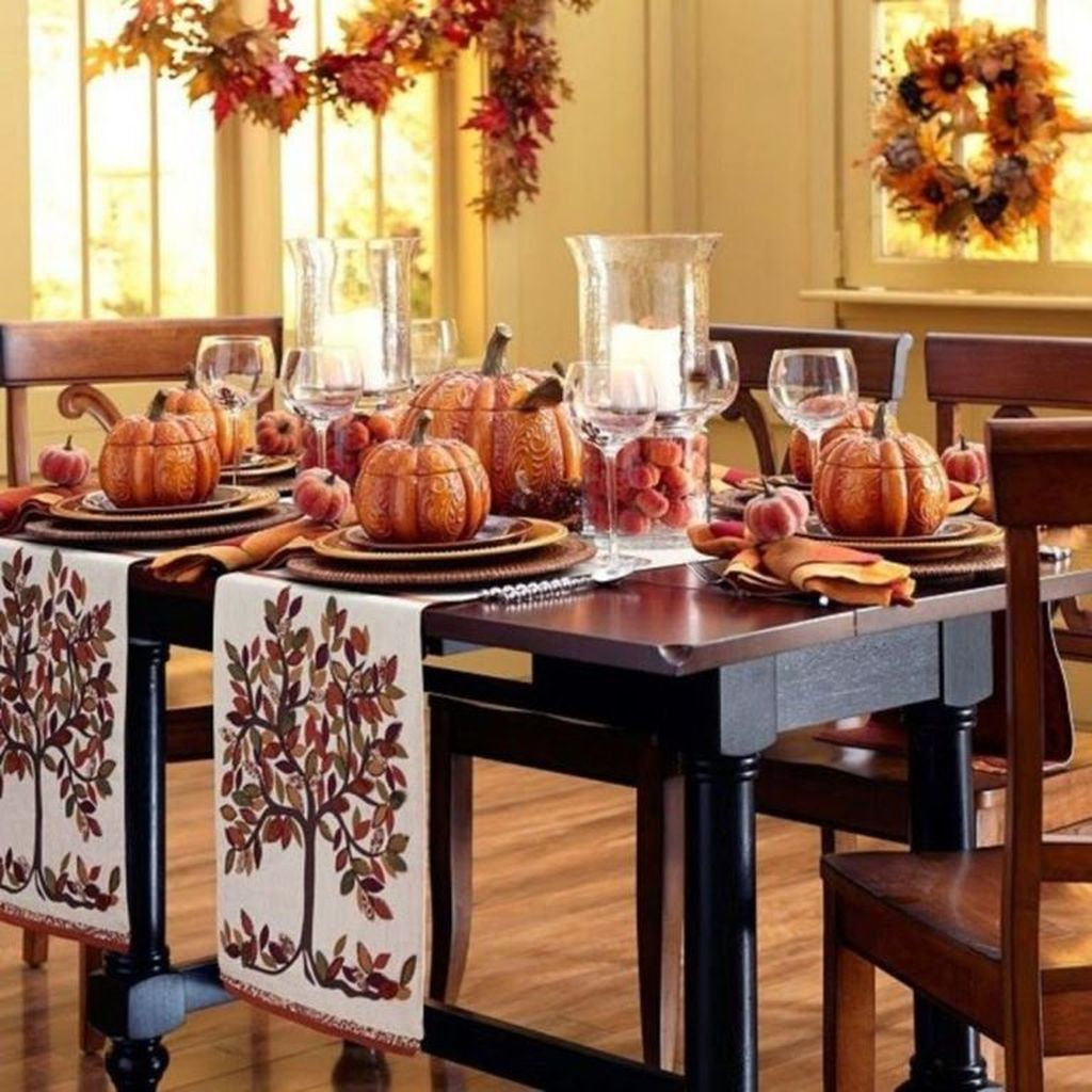 Fabulous Halloween Theme Dining Table Decor Ideas 29