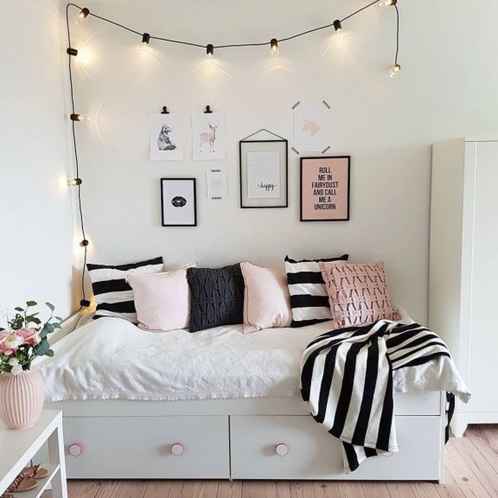 Gorgeous Bedroom Design Ideas For Teenagers 16