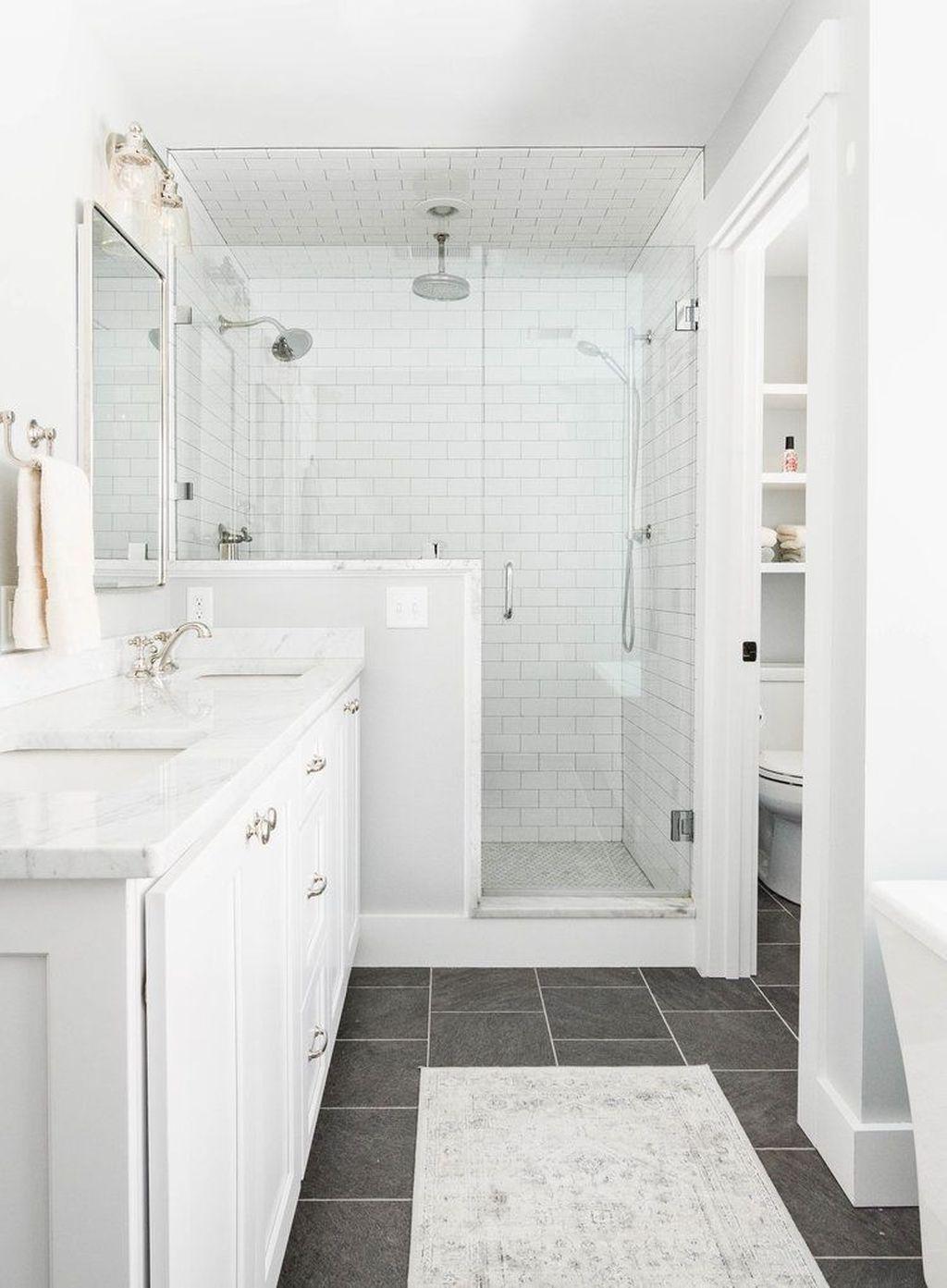 Inspiring Bathroom Tile Ideas 01