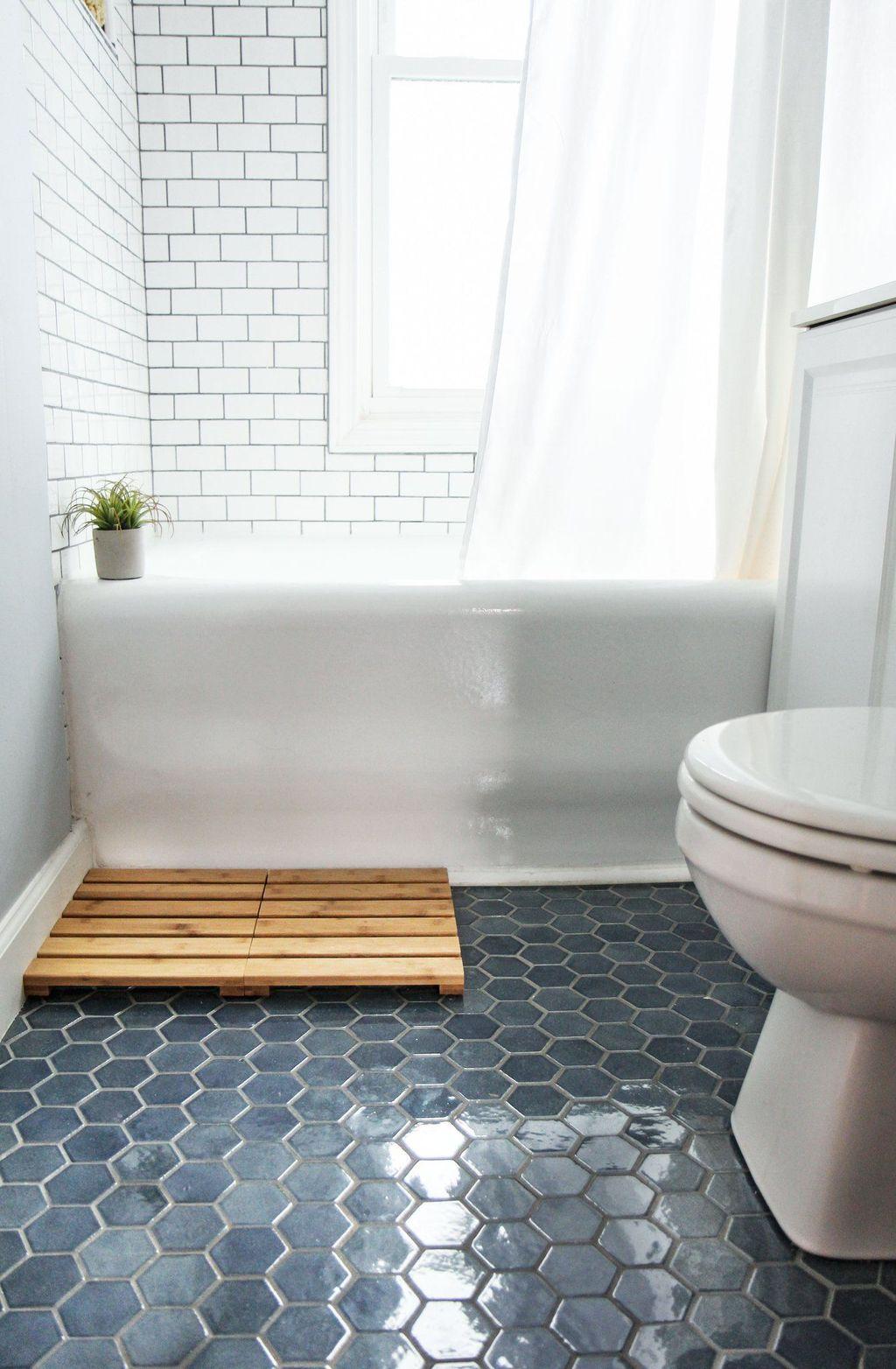 Inspiring Bathroom Tile Ideas 31