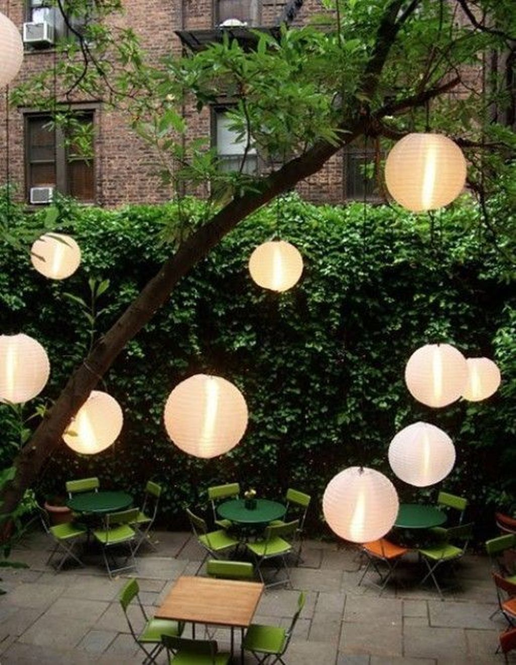 Inspiring Garden Lamps Ideas For Outdoors Decor 12