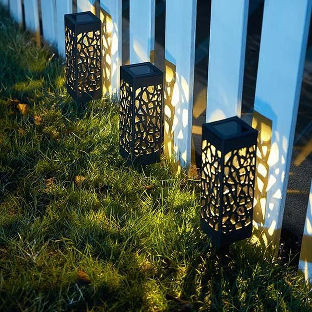 Inspiring Garden Lamps Ideas For Outdoors Decor 20