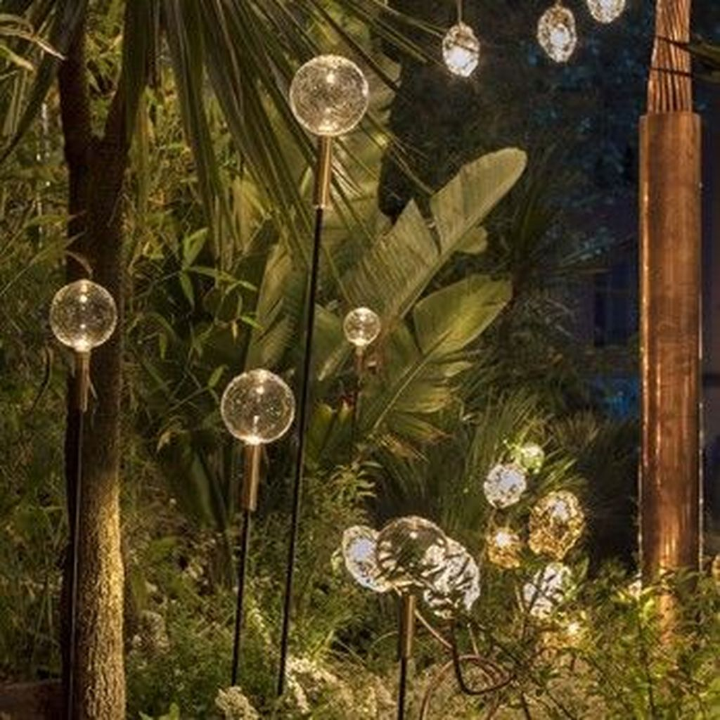 Inspiring Garden Lamps Ideas For Outdoors Decor 28