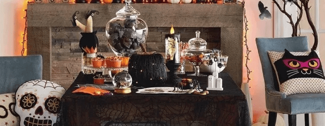 Stunning Halloween Living Room Decor Ideas Looks Scary 16