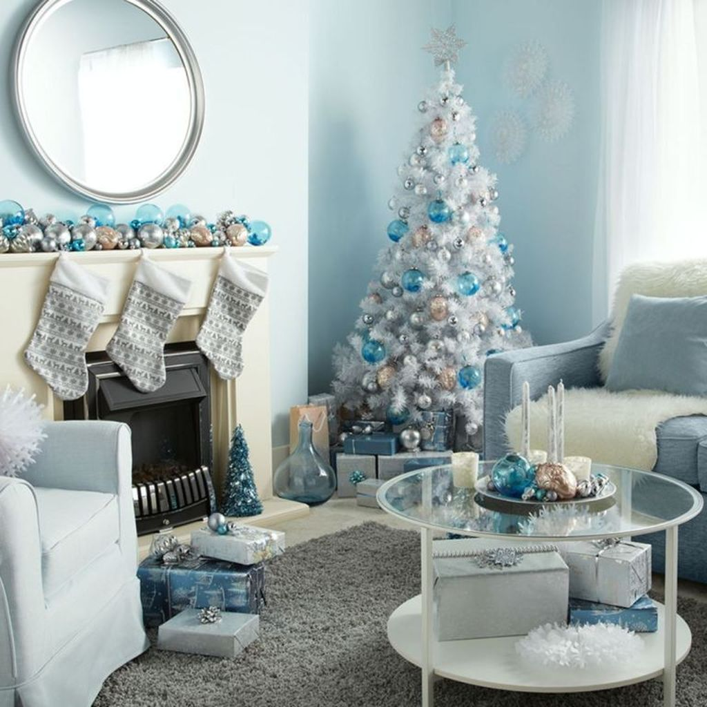 Awesome Winter Wonderland Party Decorations Ideas 03