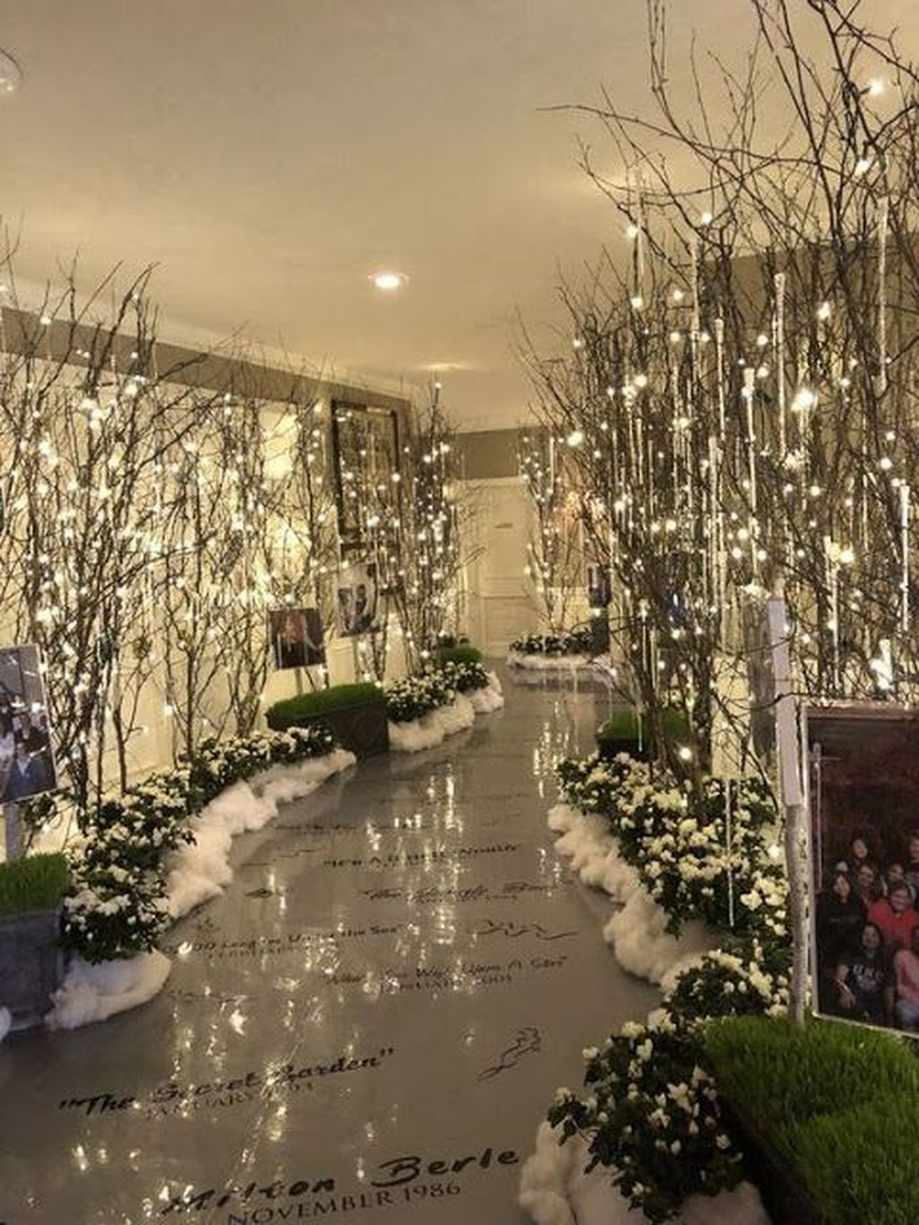 Awesome Winter Wonderland Party Decorations Ideas 07