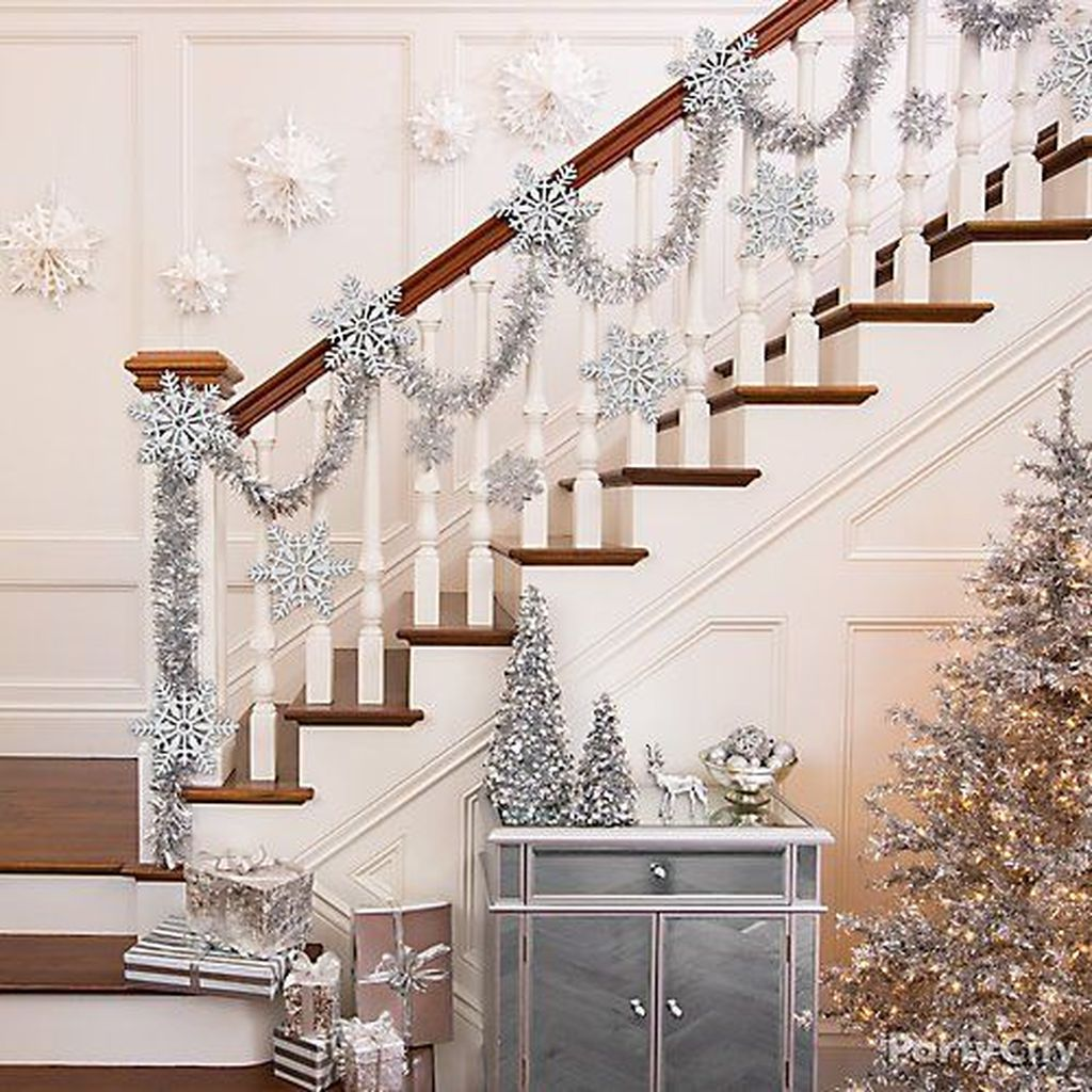Awesome Winter Wonderland Party Decorations Ideas 30