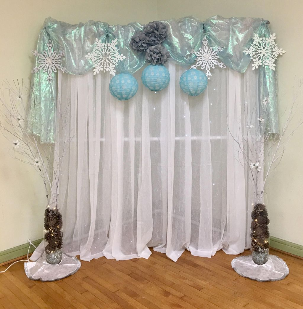 Awesome Winter Wonderland Party Decorations Ideas 32
