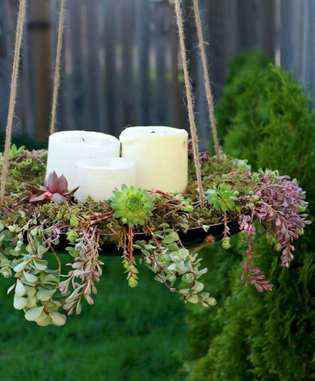 Beautiful Outdoor Succulent Planter Ideas 09