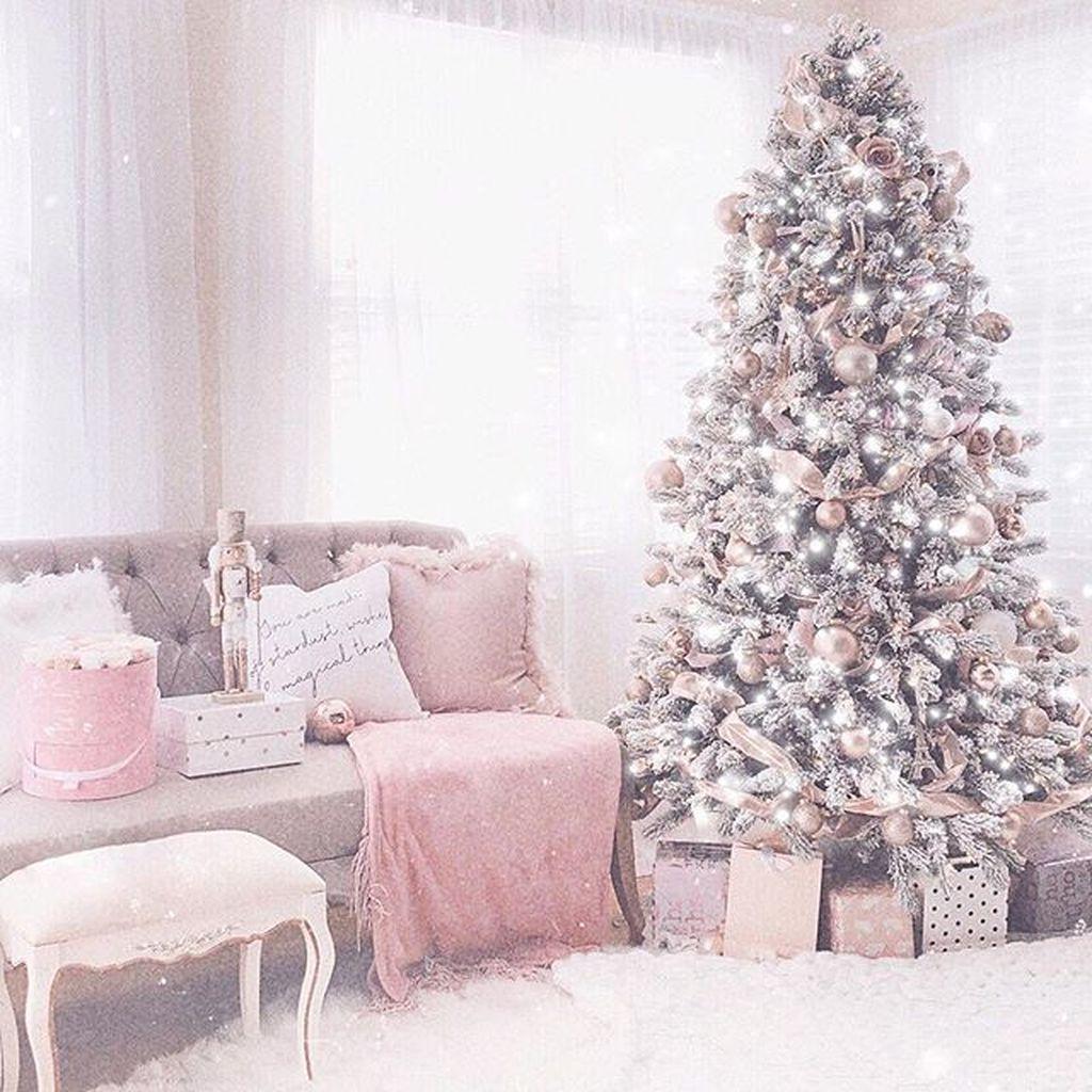 Fabulous Winter Home Decor Ideas 18