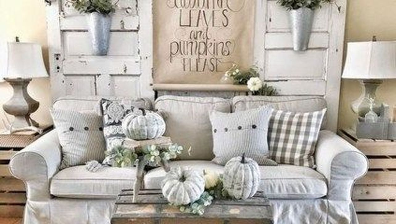Fabulous Winter Living Room Decor Ideas 03
