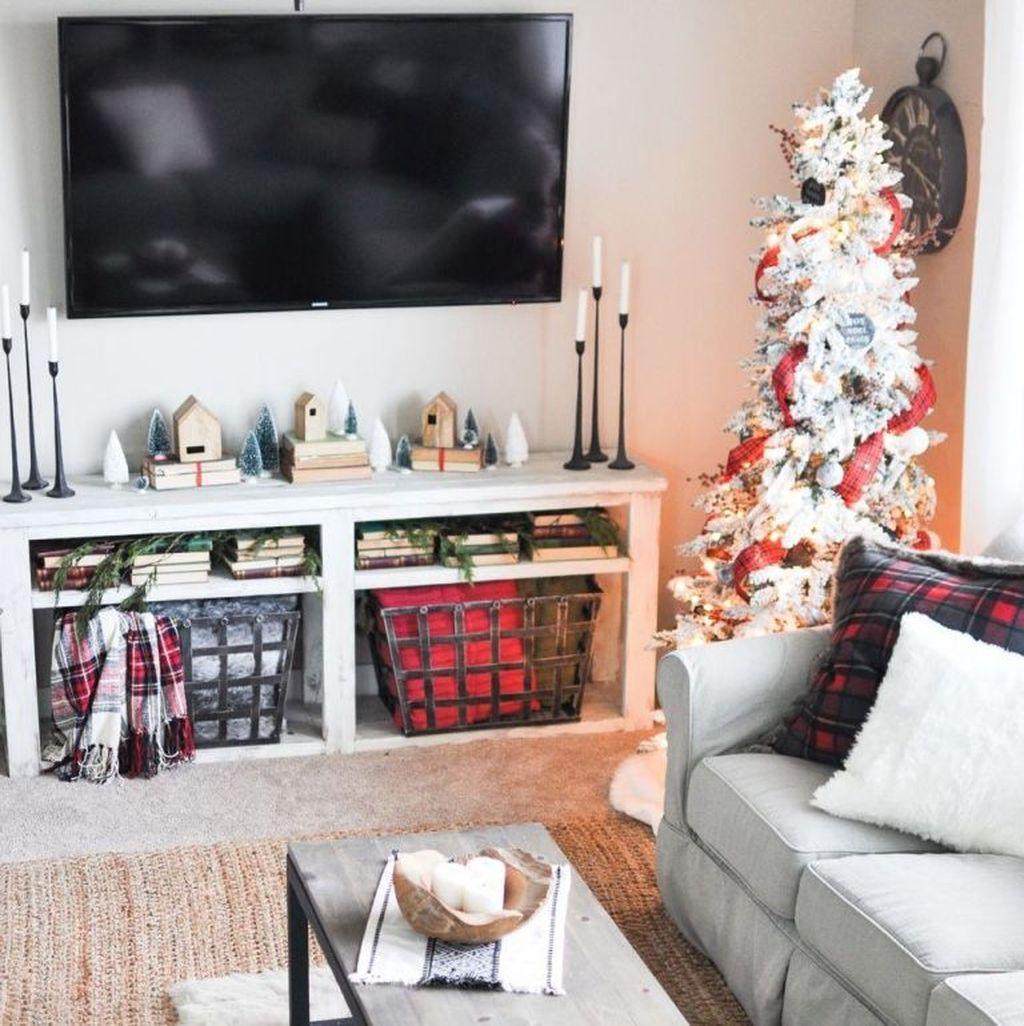 Fabulous Winter Living Room Decor Ideas 04