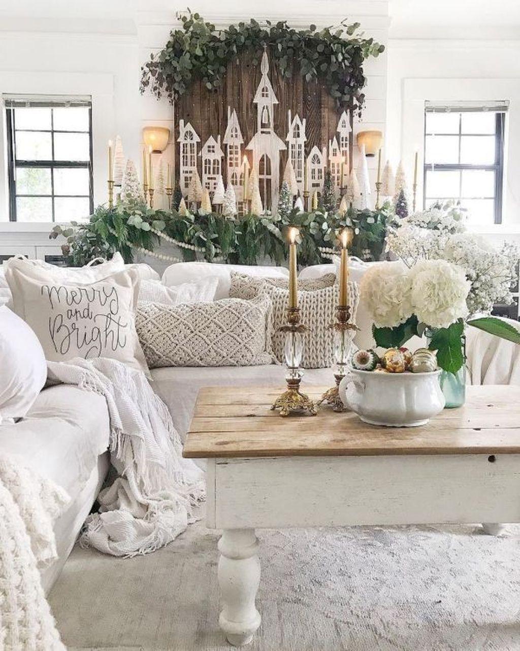 Fabulous Winter Living Room Decor Ideas 16
