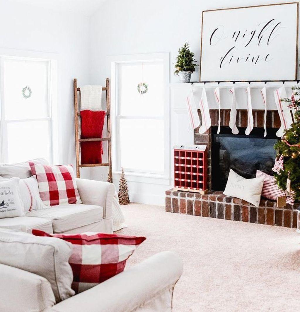 Fabulous Winter Living Room Decor Ideas 20