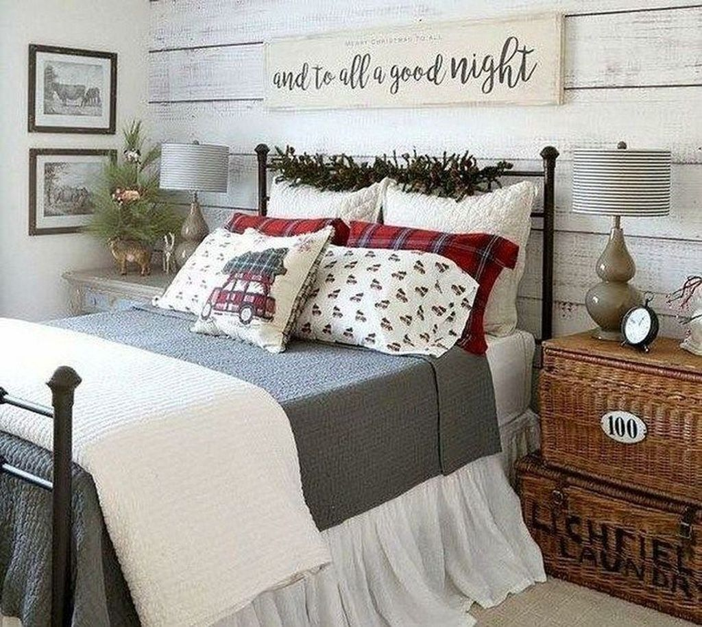 Gorgeous Master Bedroom Decor Ideas For Wintertime 14