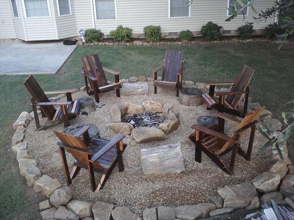 Inspiring Backyard Fire Pit Ideas 23