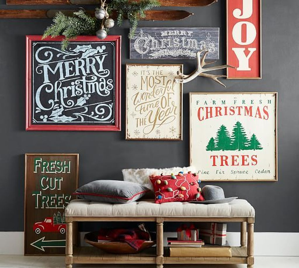 Inspiring Christmas Chalkboard Signs Design Ideas 06