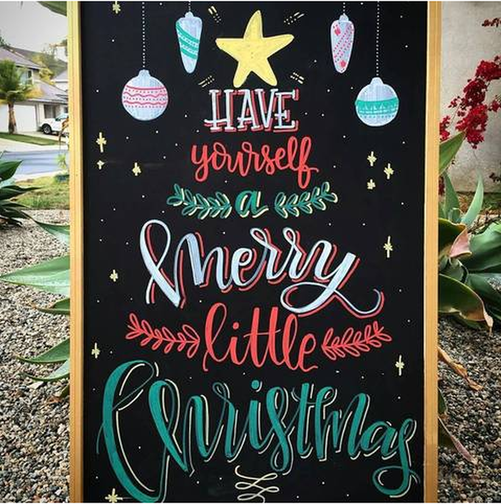 Inspiring Christmas Chalkboard Signs Design Ideas 14