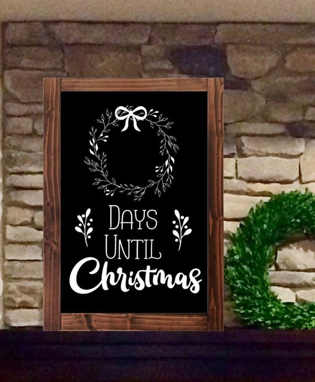 Inspiring Christmas Chalkboard Signs Design Ideas 17