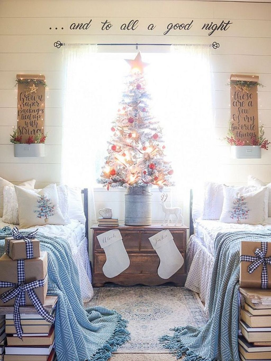 Lovely Christmas Kids Bedroom Decorations 02