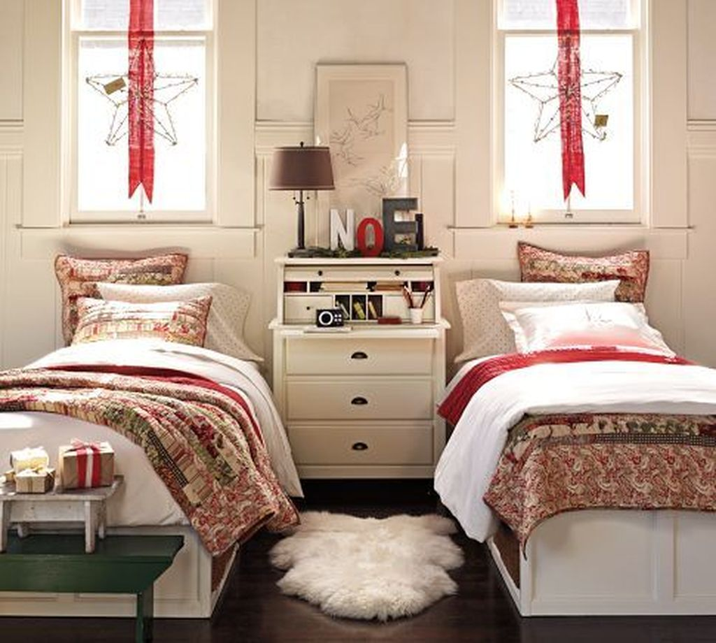 Lovely Christmas Kids Bedroom Decorations 10