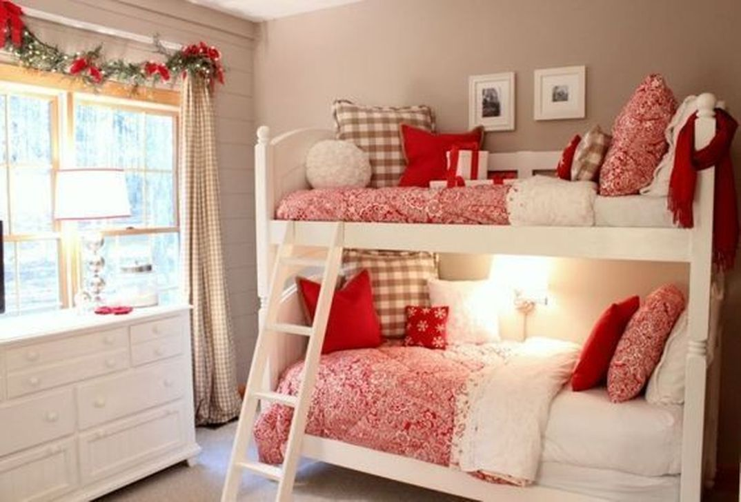 Lovely Christmas Kids Bedroom Decorations 14