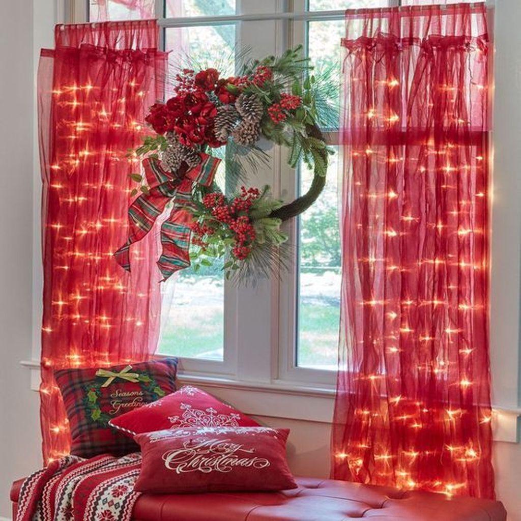 Lovely Christmas Living Room Decor Ideas 12