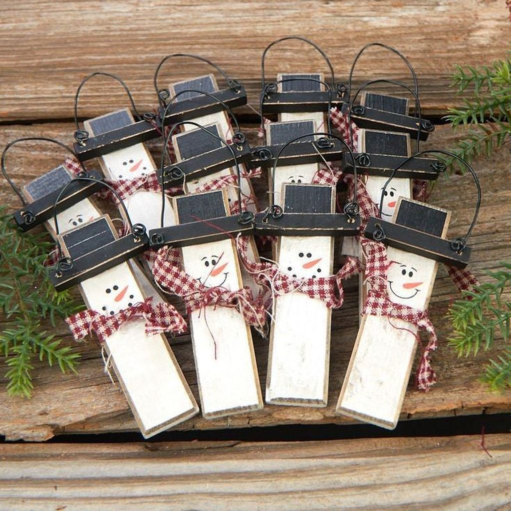 Nice Christmas Rustic Ornaments For Home Decoration 19