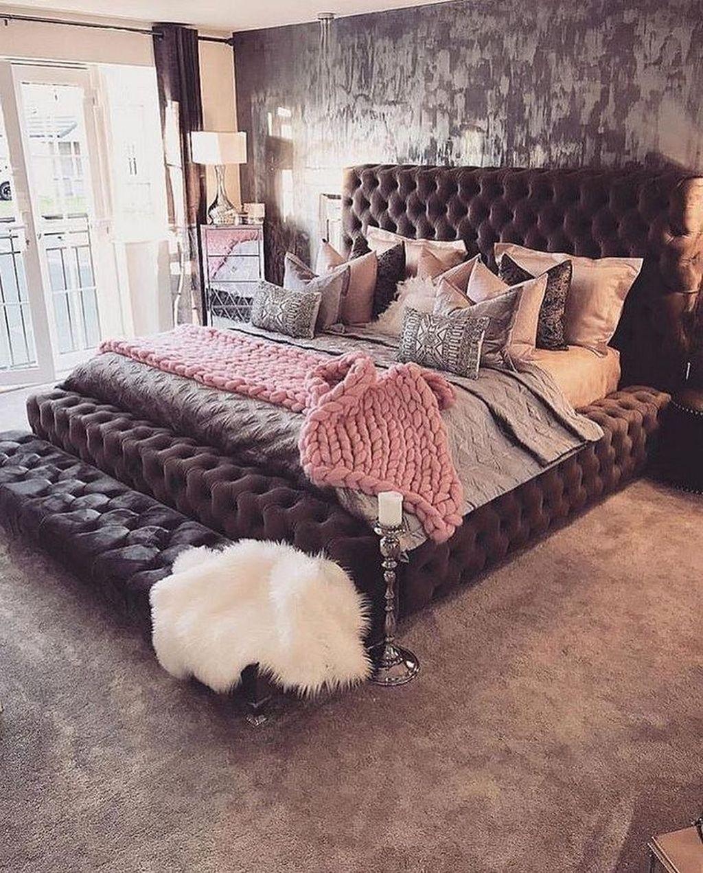 Stunning Bedding Ideas For Cozy Bedroom 08
