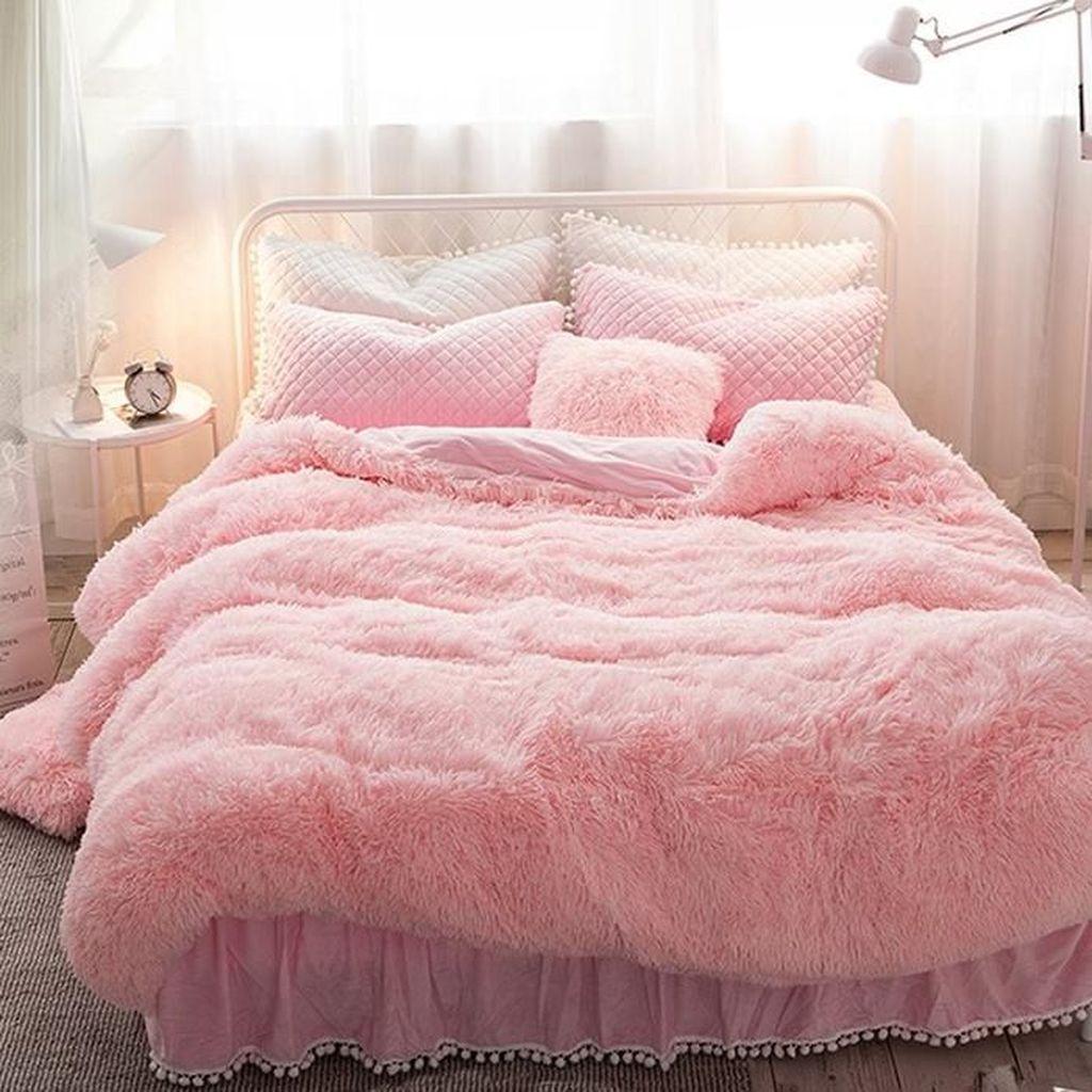 Stunning Bedding Ideas For Cozy Bedroom 10