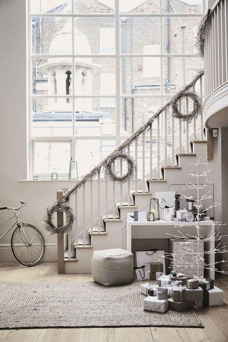 Beautiful Winter Apartment Decor Ideas 06