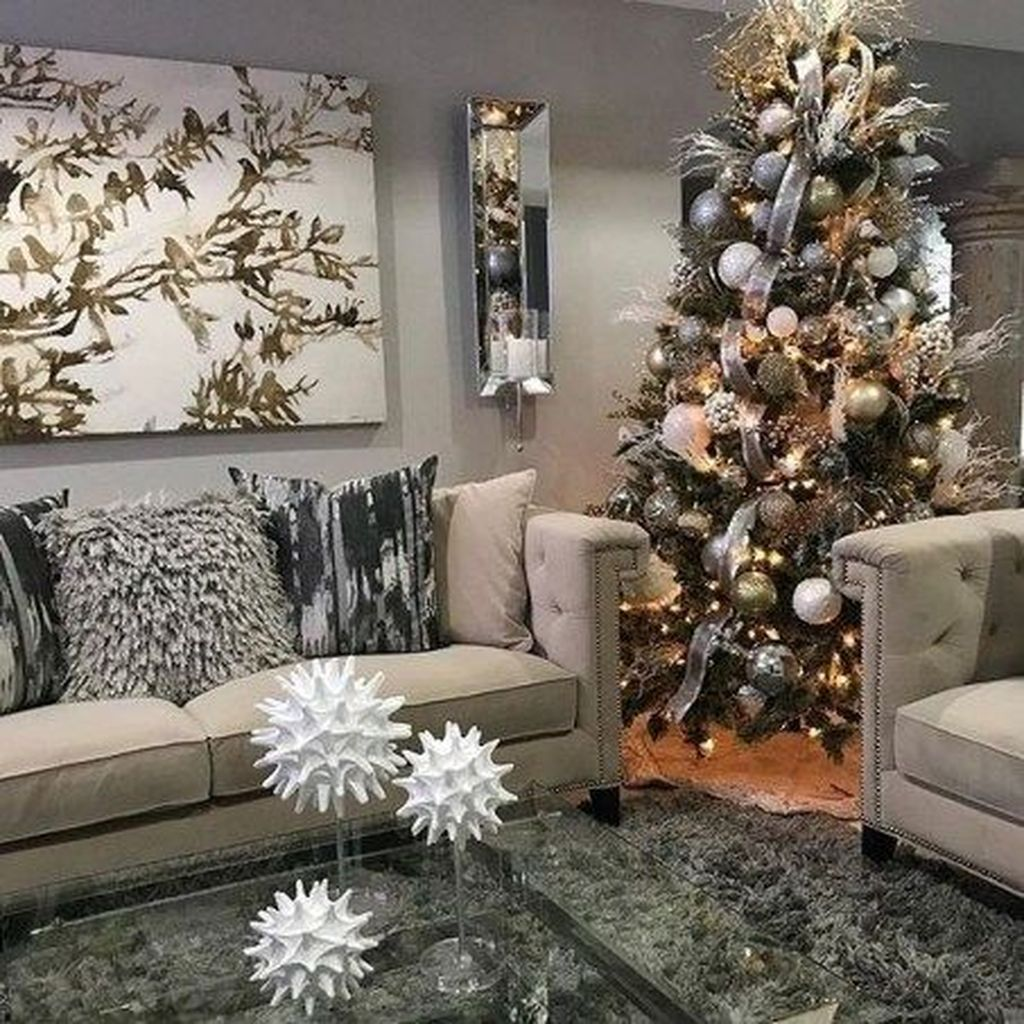Beautiful Winter Apartment Decor Ideas 15