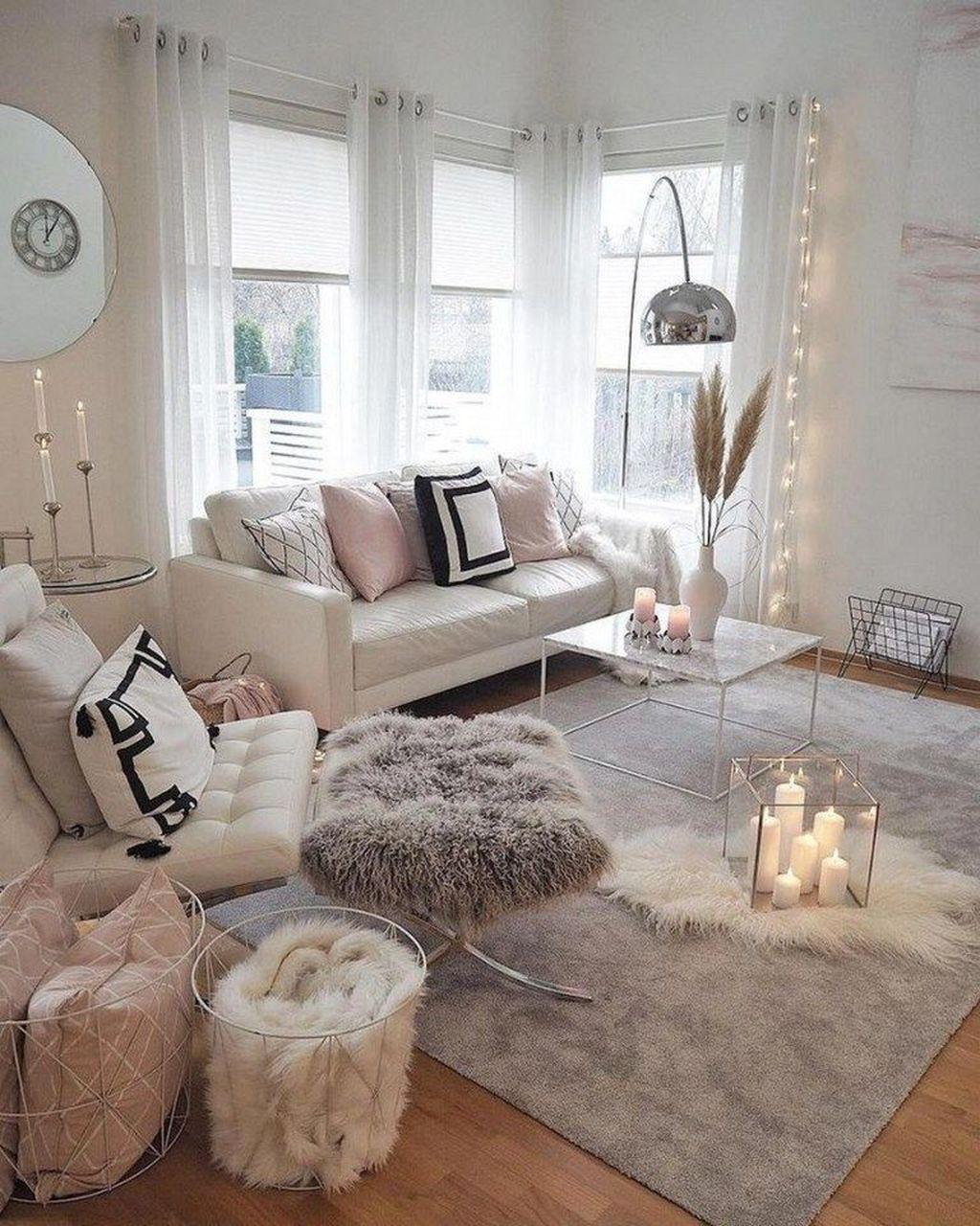 Beautiful Winter Apartment Decor Ideas 17