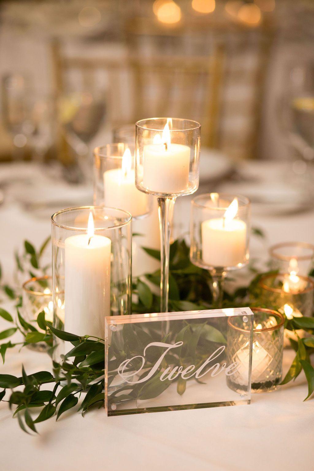 Nice Winter Table Centerpieces Decoration Ideas 13