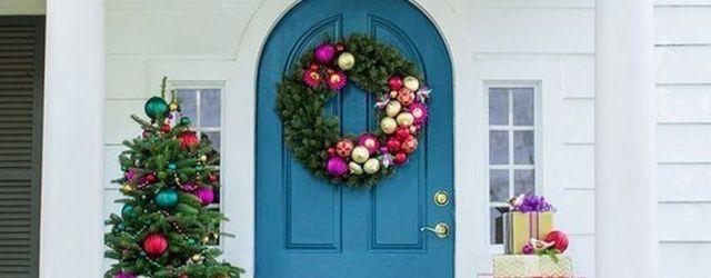 The Best Christmas Front Door Decorations Ideas 18