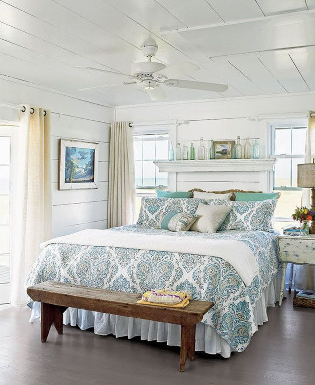 Awesome Cottage Bedroom Decoration Ideas 27