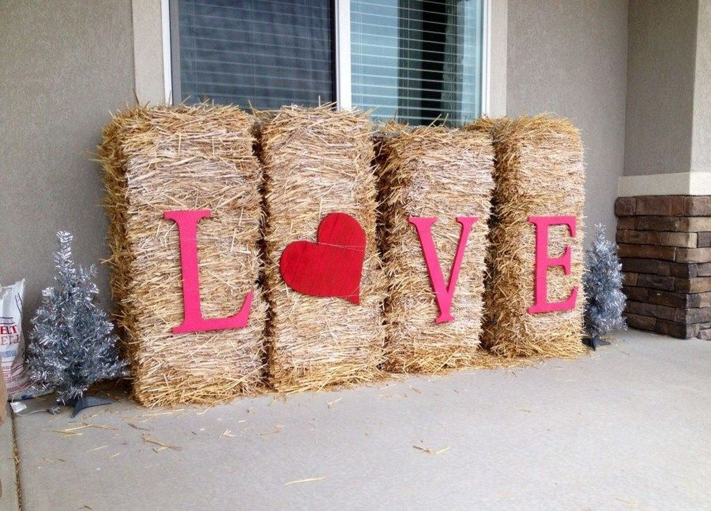Awesome Valentines Day Porch Decor Ideas Which You Definitely Like 21