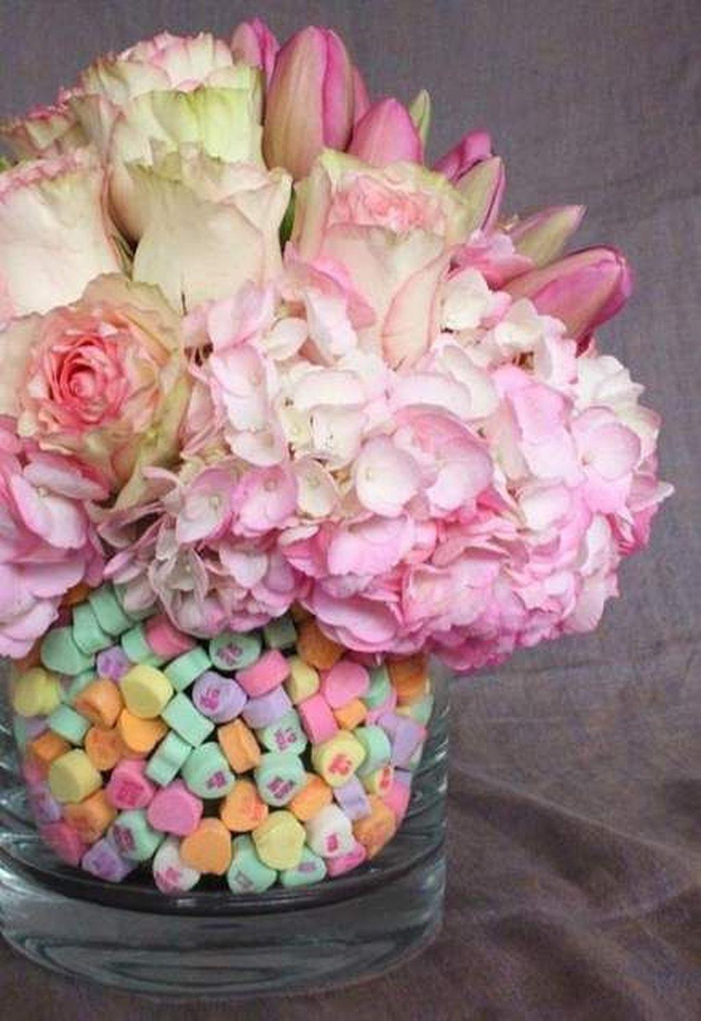 Beautiful Valentine Flower Arrangements That You Will Like 15