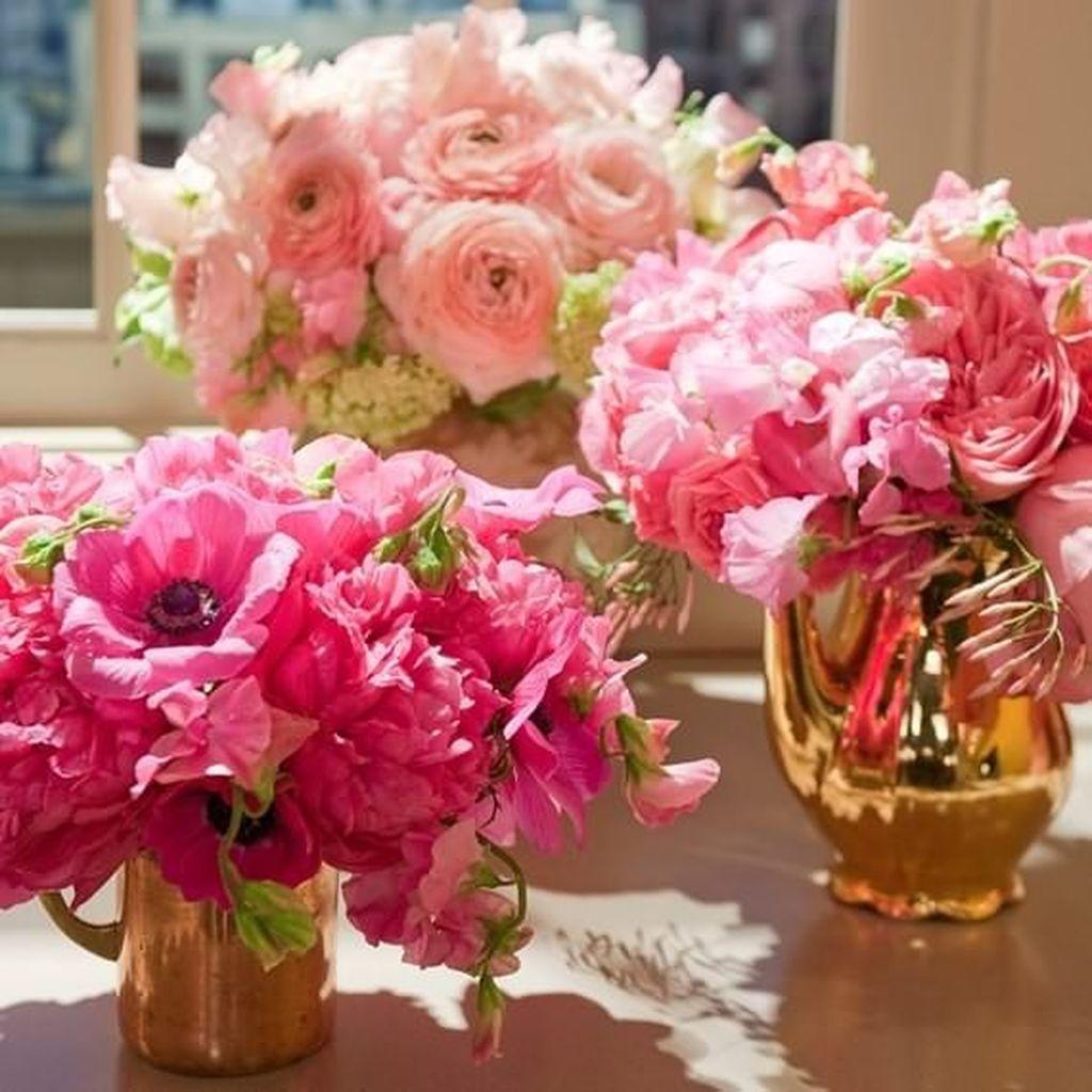 Beautiful Valentine Flower Arrangements That You Will Like 21