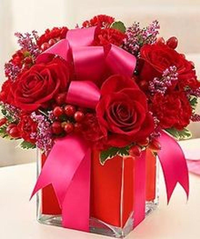 Beautiful Valentine Flower Arrangements That You Will Like 23