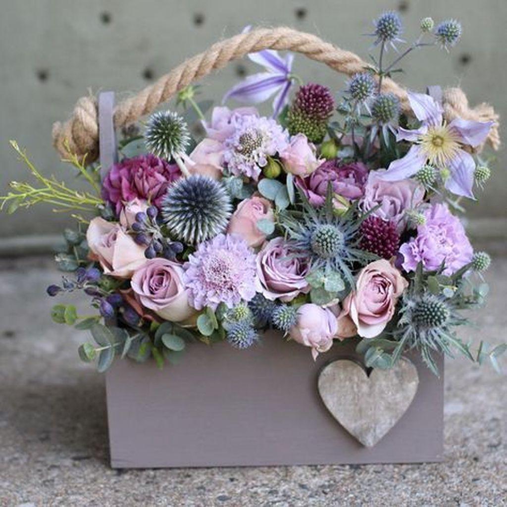 Beautiful Valentine Flower Arrangements That You Will Like 27