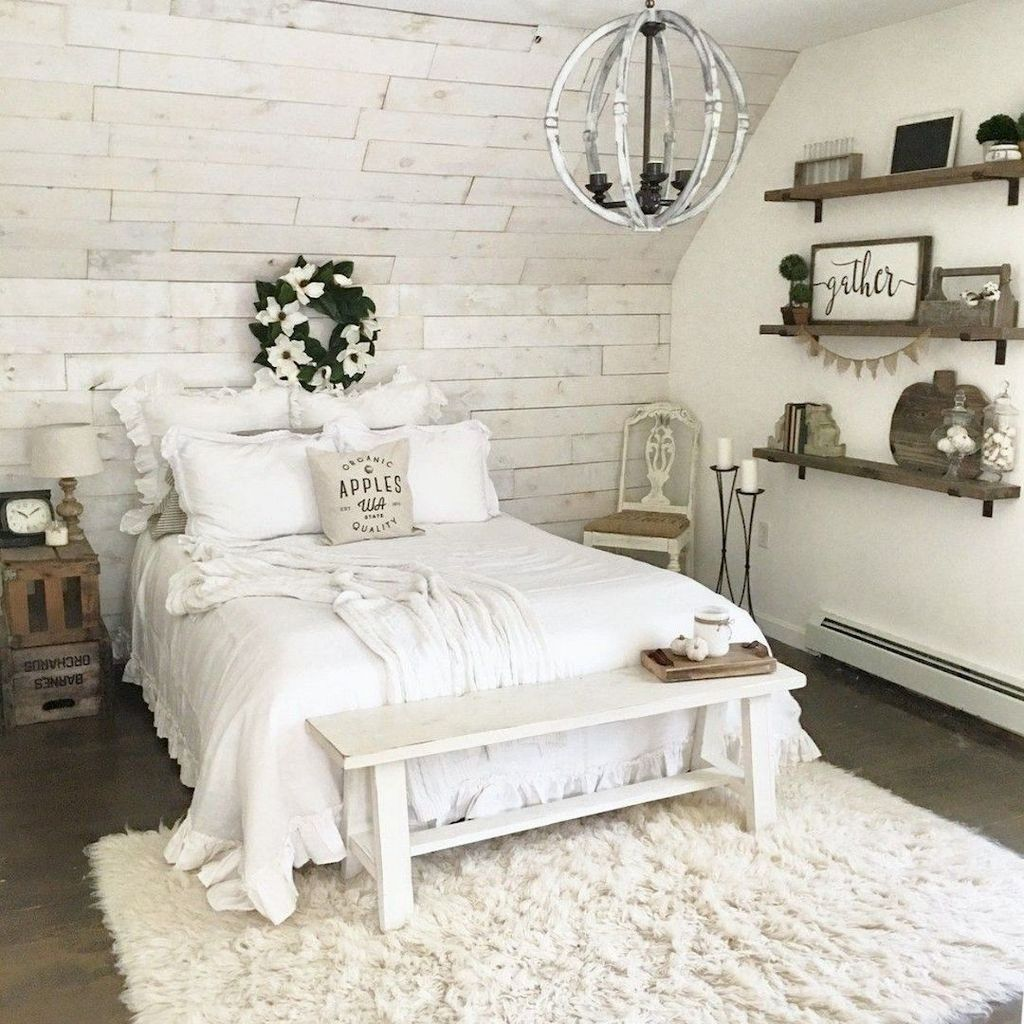 Gorgeous Rustic Bedroom Design And Decoration Ideas 31