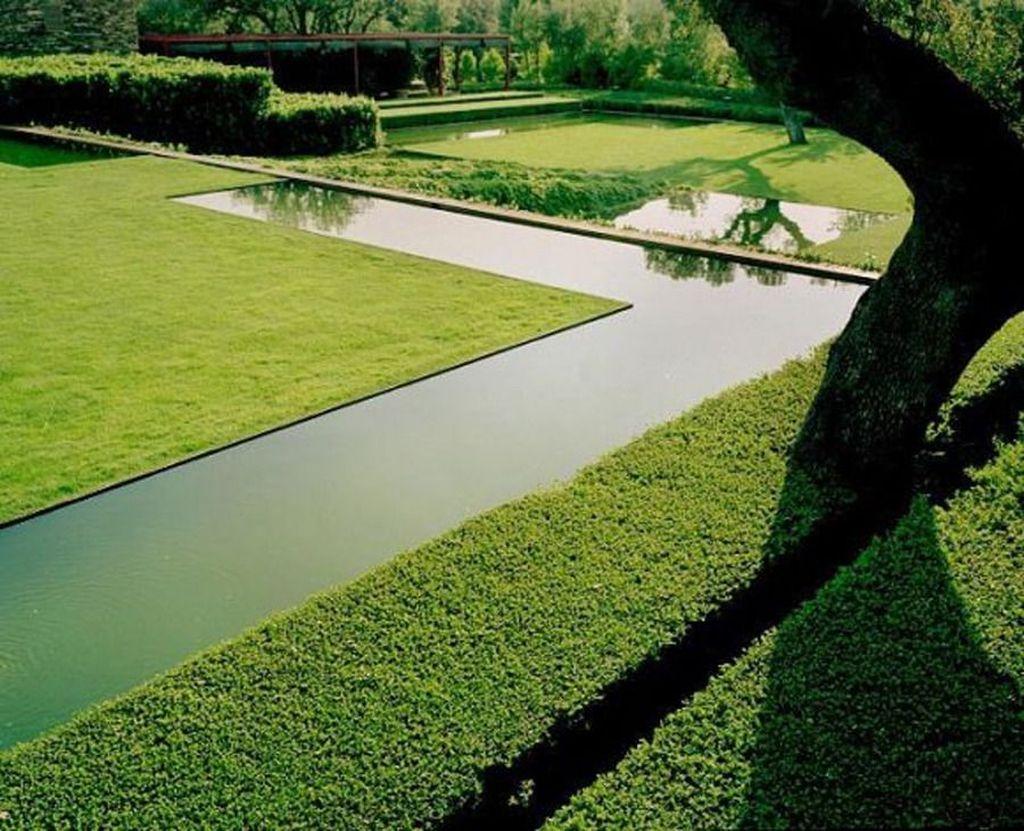 Inspiring Minimalist Garden Landscape Ideas That You Will Like 28