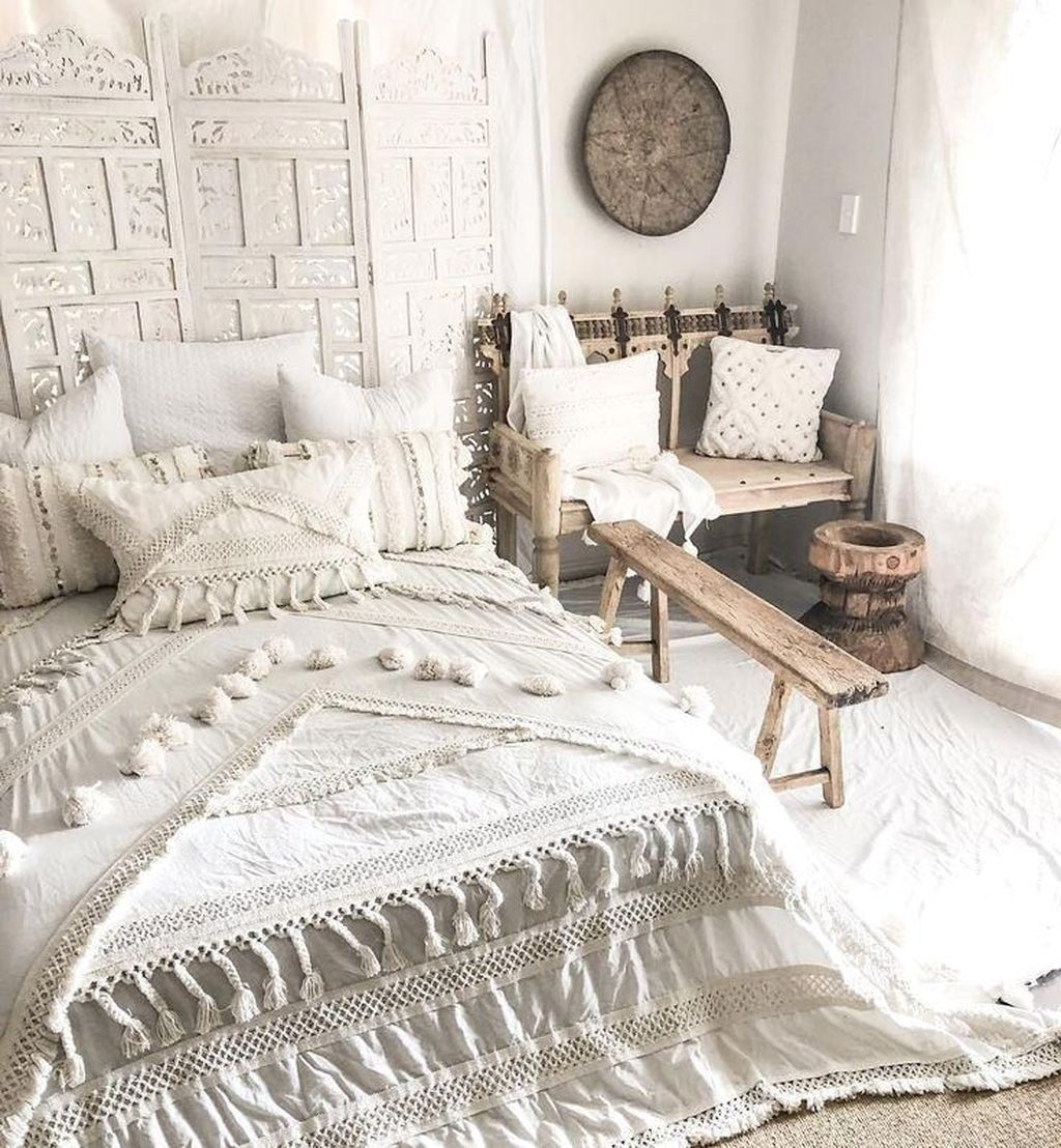 Lovely Bohemian Bedroom Decor Ideas You Have To See 13